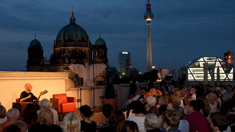 Rooftop reading at Unter den Linden 1 with author Max Bentow in 2011